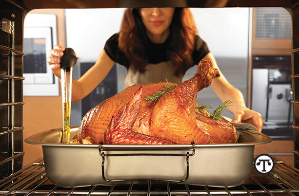 A new, innovative roasting pan lets you baste that    turkey faster, better and more easily.